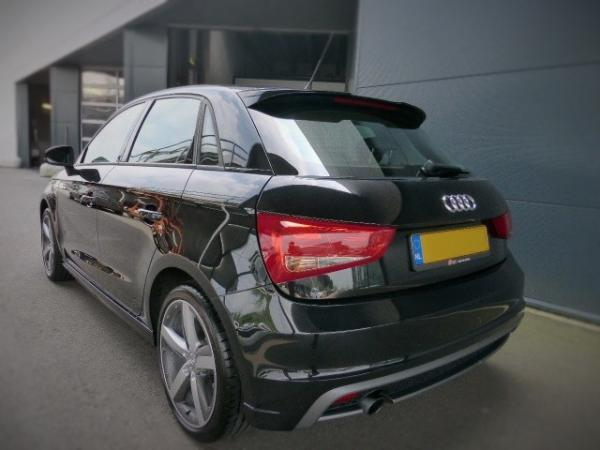 Slickomania 39 s garage 2013 audi a1 for Garage audi tours